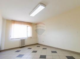 Apartament de inchiriat/ Spatiu de birou in zona centrala
