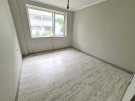 Apartament 2 camere in Campina,central,total renovat,parter!