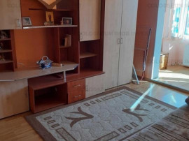 COLOSSEUM: Apartament 3 Camere 2 Bai Piata Tractorul