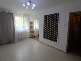 Apartament 2 camere în Hunedoara, 33mp, parter, zona Micro 3