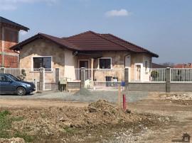 Casa individuala| 4 camere| Mosnita Noua