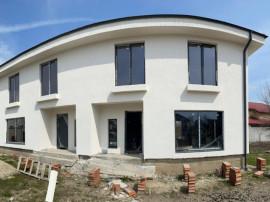 Duplex 4 camere, cu teren liber 140mp