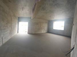 Duplex in zona Cristalului/ finisata la cheie