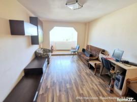 Apartament 2 camere dec, 2 balcoane, renovat, miorita, omv