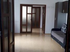 Apartament Vagon 3 Camere Calea Calarasilor, curte propie +