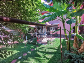 Reșița, casă 5 camere, D+P+E, 180 mp. zonă L. Pomostului