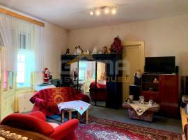 Apartament 4 camere, 156 mp, Central