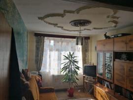 COLOSSEUM: Apartament 3 camere - zona Vlahuta