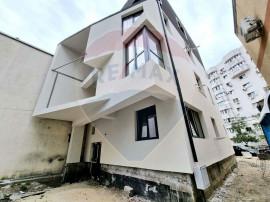 Apartament cu 3 camere de vânzare în zona Dristor-Mall ...