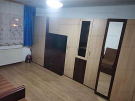 Apartament 2 camere, decomandat, etaj intermediar-Zona Astra