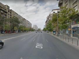Bl Nicolae Balcescu 30 mp vitrina 4,5m trafic pietonal in...