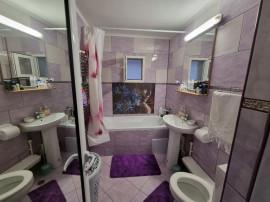 Apartament 3 camere - Ciocarlia - Etaj 4 - Strada C-Tin Nott