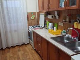 Apartament 4 camere zona ASTRA,Str Carpatilor