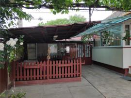 4 Camere - cartierul Functionarilor