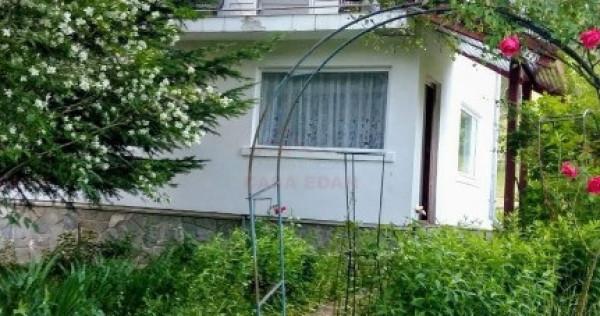Casa de vacanta P+E in Valea Doftanei,la marginea padurii !
