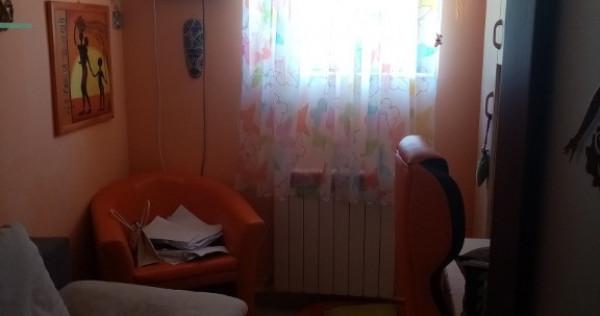 Apartament 3 cam. Parter vila Campina, Prahova, central