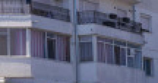 Apartament 4 cam zona central la 1 minut de piața Moldovei