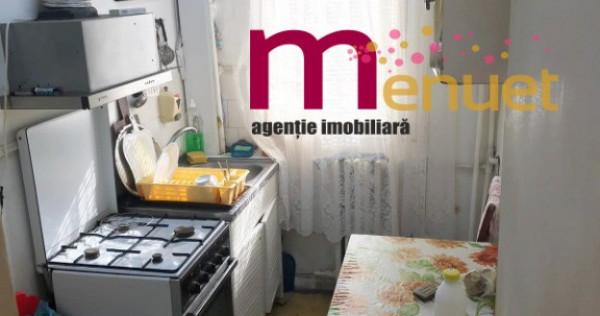 Apartament 3 camere,str.Eternitatii