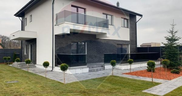Casă / Vilă cu 5 camere l 300mpu l Proiect LUX l Baneas...