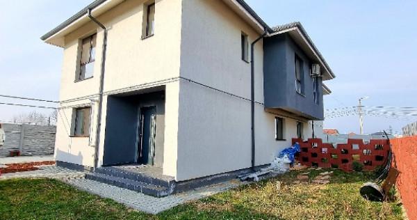 Casa tip duplex,strada asfaltata,aproape de sosea