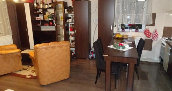 Apartament cu 3 camere decomandat in Deva, Dorobanti et.1