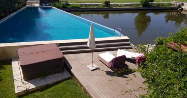 NOU | Casa Impecabila | Lac in curte | 8 Camere | Zona Corbe