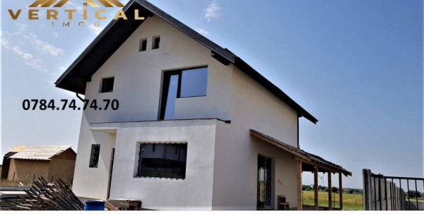 Casa Luminoasa cu Spatii Largi, Aerisite ! Comuna Berceni