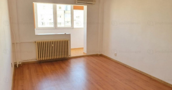 Apartament trei camere decomandat doua baii Tineretului