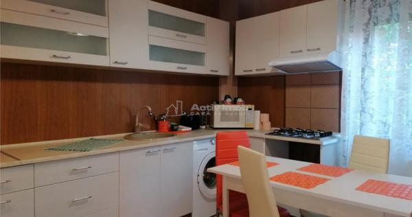 Apartament de 2 camere decomandat 55 mp UTILI