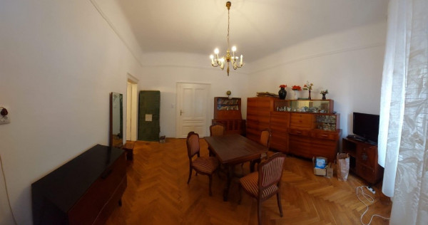 Ap la casa Decebal- Piata , parter , 2 cam Sc 75 , front str