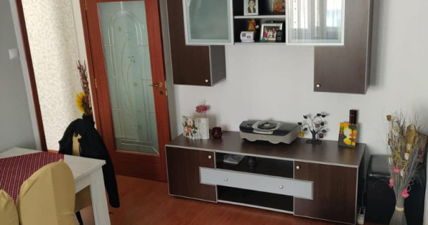 Apartament 3 camere zona ASTRA