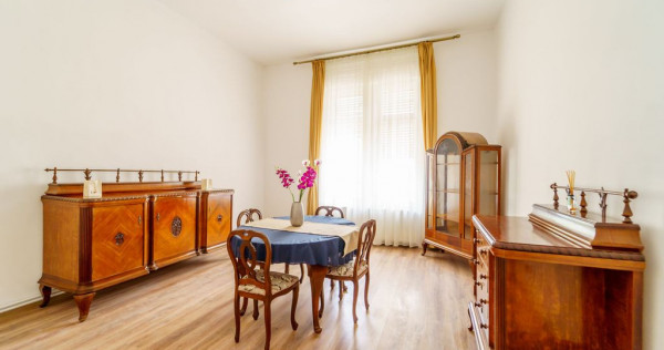 Apartament 2 camere, ultracentral, etaj 1, comision 0%