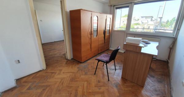 Apartament de închiriat/ 3 camere ultracentral