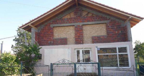 Casa in Maureni, Caras-Severin, Calea Timişorii