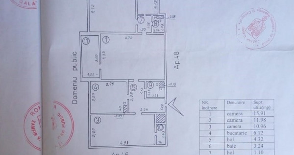 Apartament cu 3 camere Centru.(Parfum Teilor)