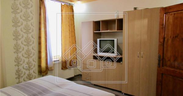 Garsoniera la casa - zona ultracentrala - reper hotel Contin