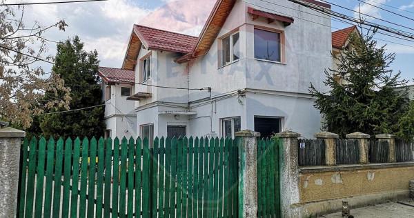 Casă P+M in centrul istoric Dobroesti