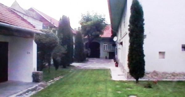 Casa saseasca autentica: 927 mp utili, in cristian, brasov