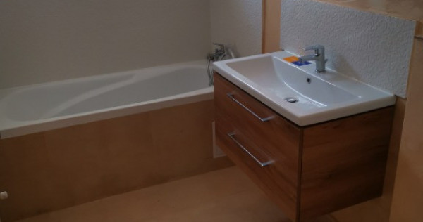 Apartament cu 2 camere, gata de mutat!