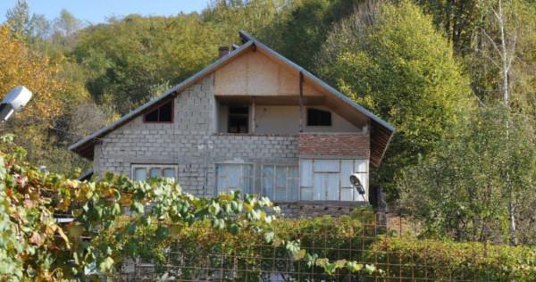 Casa + teren intravilan in Darmanesti, jud. Arges