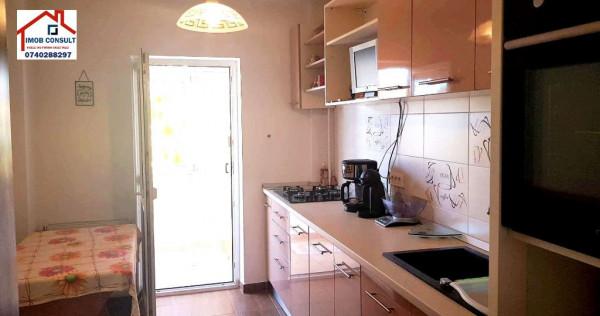 Apartament 3 camere str. ana ipatescu centru , cod ce 198