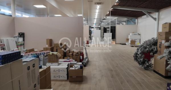 AUREL VLAICU - Showroom superamenajat !!!