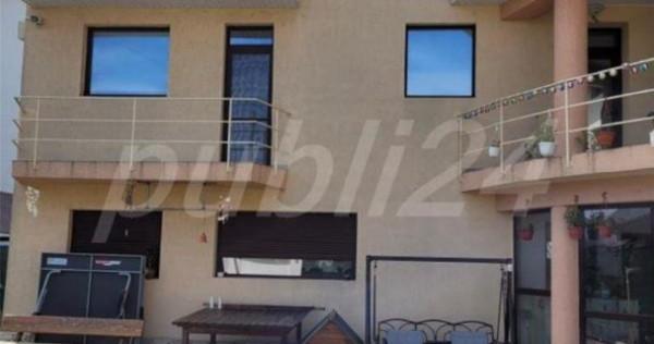 Vila- 6 apartamente --Navodari