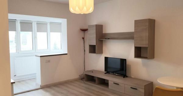 Garsonieră Judetean, bloc apartamente, etaj intermediar, lux