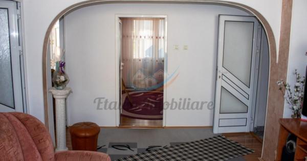 Apartament 4 Camere 2 bai 85mp Etaj 2 Alim.28 Maratei PNeamt