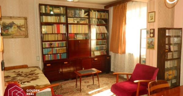 Apartament 2 camere, Piata Mihai Viteazul, decomandat