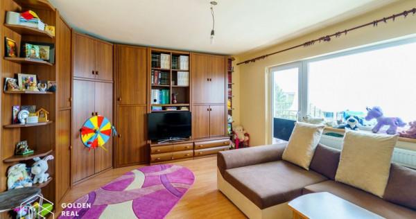 Apartament 3 camere, zona Micalaca-Miorita, decomandat, c...