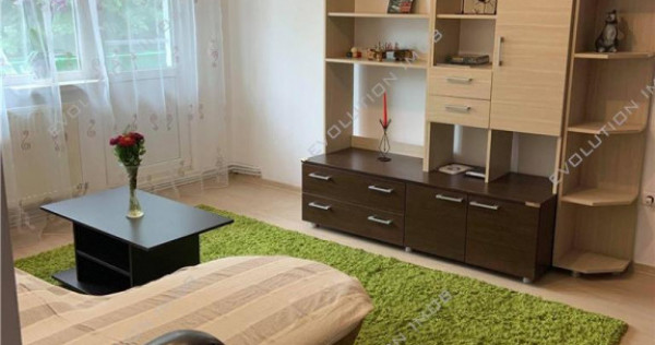 Apartament cu 4 camere in zona Dacia