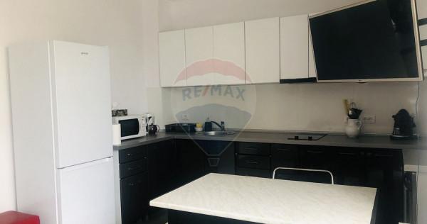 Apartament cu 3 camere în zona Ultracentral
