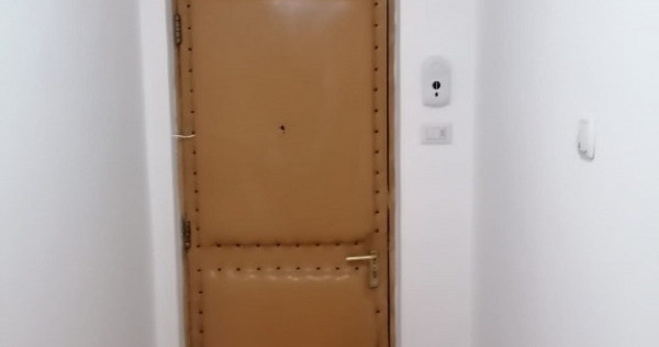 Apartament 3 cam.decomandat,de închiriat. Pret 350 Euro luna